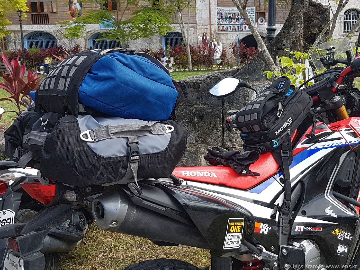 Mosko Moto Backcountry 30L and Nomad tank bag